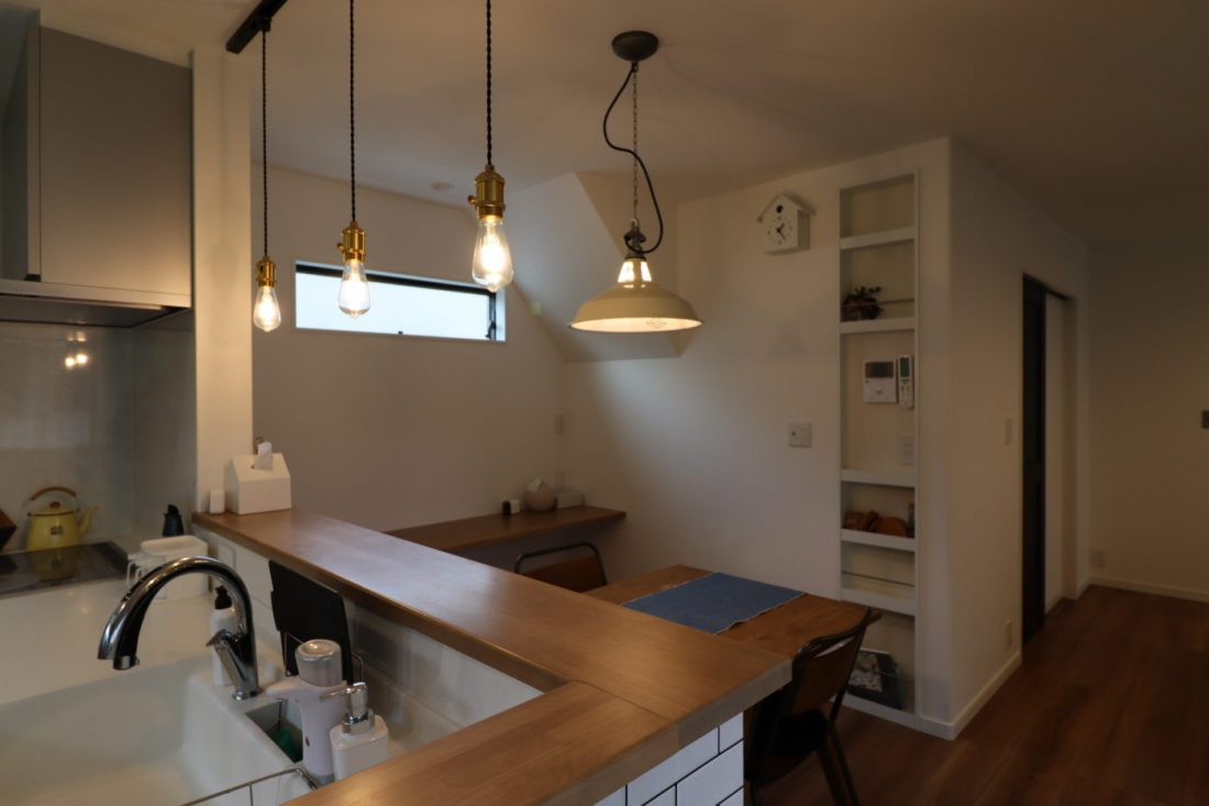 withmamaの家calma(カルマ)対面キッチンダイニングルーム画像
